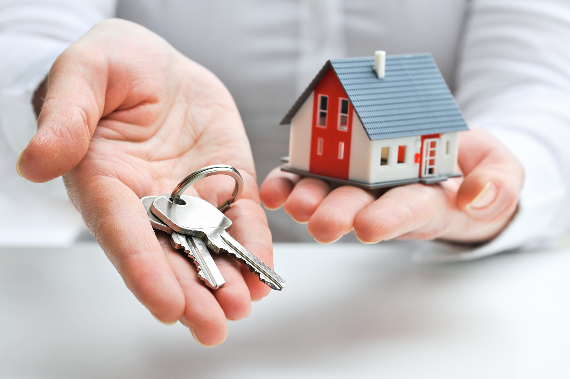 A Perfect Pairing: Real Estate and Insurance Businesses Image